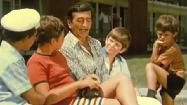 с деца на море - филм
